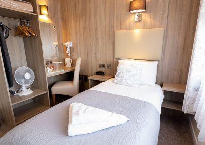Bedroom 8-2